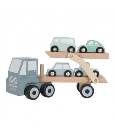 Camion de transport en bois