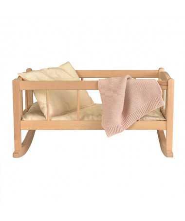 Berceau en bois avec couverture en tricot
